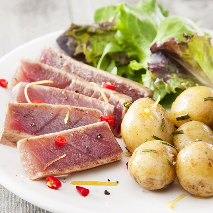 Grilled tuna steak recipe by Sapmer